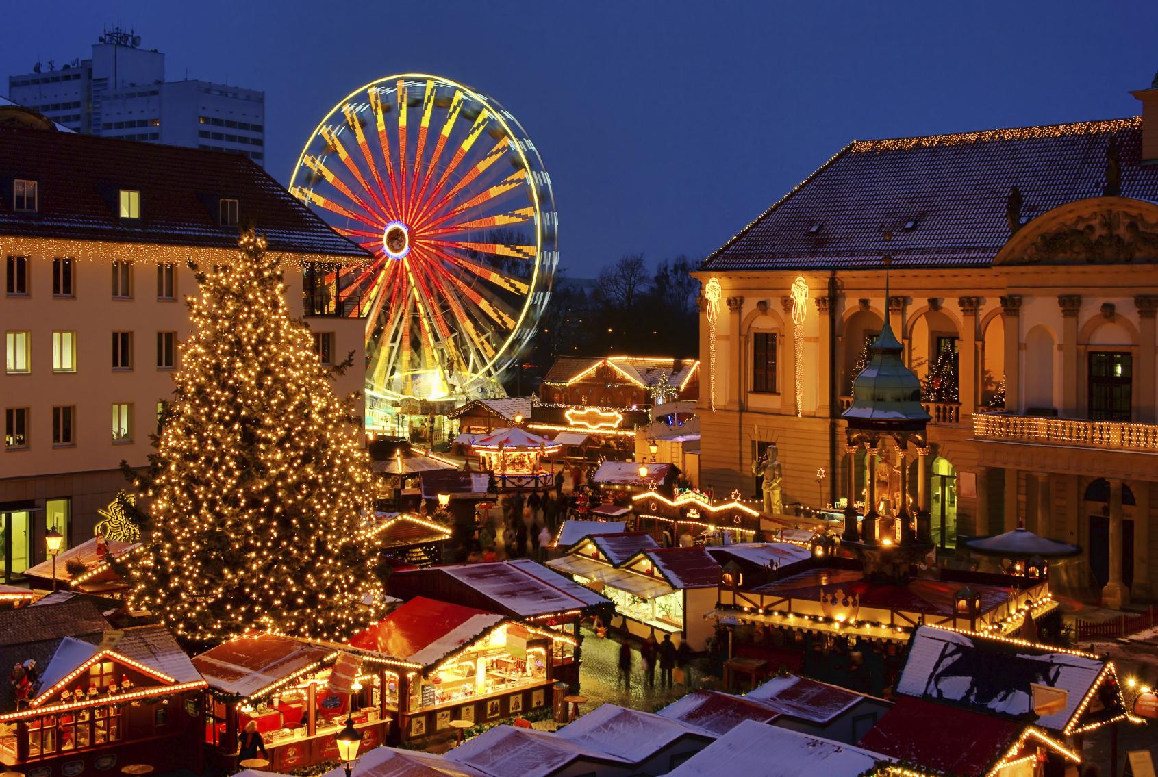 Weihnachtsmarkt L.Magdeburg Weihnachtsmarkt Magdeburg Christmas Market 01 Pasaulio