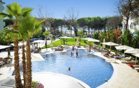 Sandy Beach Resort viešbutis Albanija
