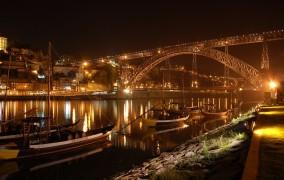 portugalija-porto-nakti