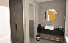 E-Hotel SPA & Resort **** 15
