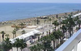 Sun Hall Beach **** 7