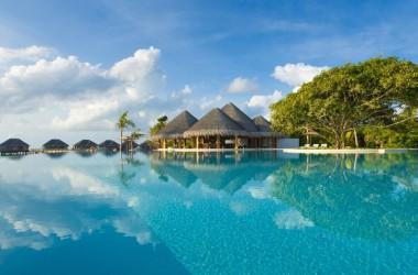Dusit Thani Maldives ***** 5
