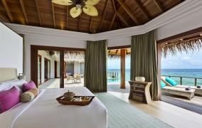 Dusit Thani Maldives ***** 12