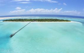 Holiday Island **** 2