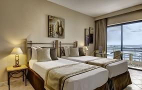 Marina Corinthia Beach Hotel **** 17