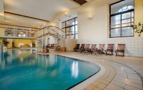Marina Corinthia Beach Hotel **** 1