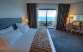 Radisson Blu Resort ***** 13