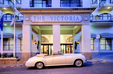 Victoria **** 2