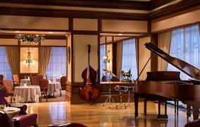 Ritz Carlton ***** 9