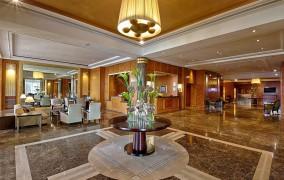 Hyatt Regency Nice Palais de la Mediterranee ***** 4